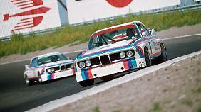 Der BMW 3.0 CSL dominierte die Tourenwagenszene. Hier zwei Exemplare 1973 in Zandvoort.