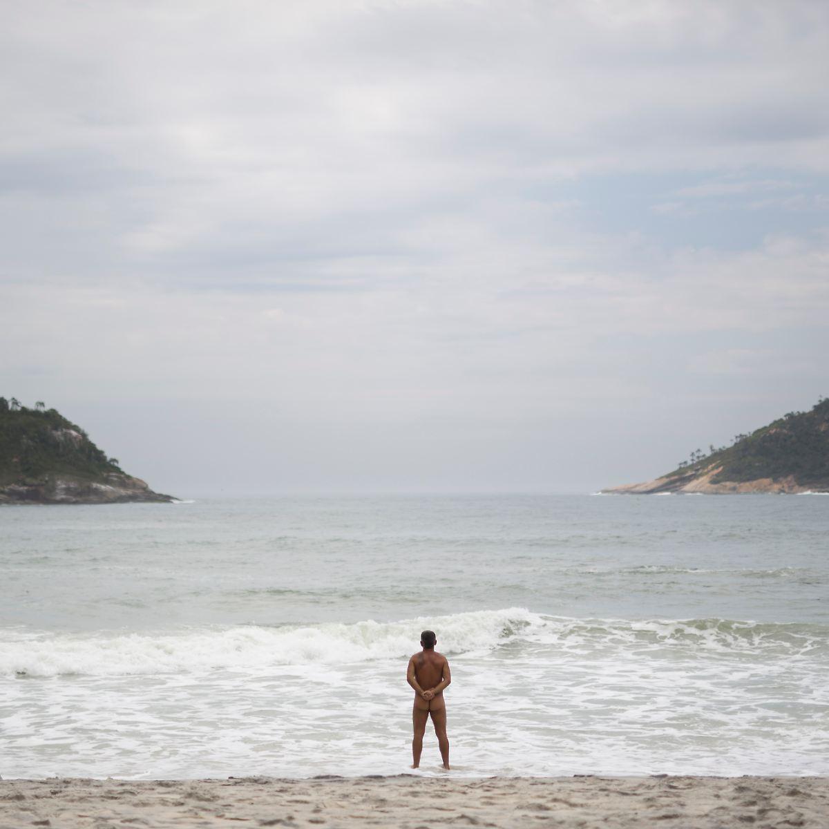 Nackt strand gif