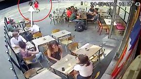Gewalt auf offener Straße gefilmt: Sexistischer Angriff versetzt Frankreich in Rage