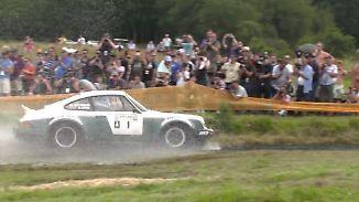 Wilde Automobil-Zeitreise: Beim Eifel Rallye Festival geben lebende Legenden Vollgas