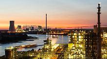 Sattes Minus für deutsche Firmen: Aufträge für Industrie schmieren ab