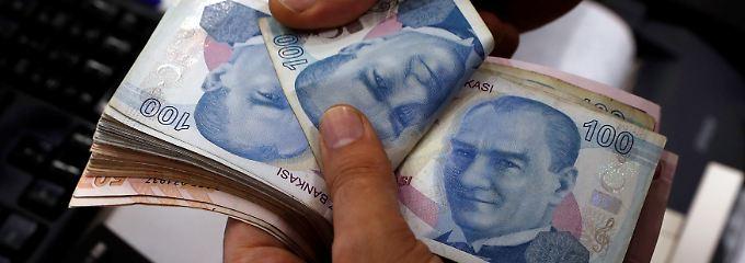 Streit mit den USA und politischer Einfluss auf die Zentralbank: Was würde Mustafa Kemal Atatürk dazu sagen?