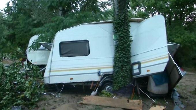Überflutetes Ferienlager in Frankreich: Rettungskräfte suchen vermissten deutschen Betreuer