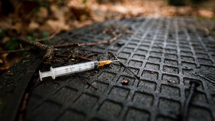 Besonders schwer Süchtige sollen in Norwegen künftig Heroin auf Rezept bekommen.
