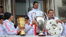 Mehr geht nicht: Bastian Schweinsteiger, Trainer Jupp Heynckes und Torwart Manuel Neuer .