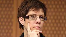 Unaufgeregt wie die Kanzlerin: Annegret Kramp-Karrenbauer.