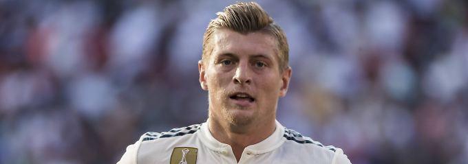 """Real-Star bleibt DFB-Team treu: Kroos: """"Özils Rücktritt war nicht in Ordnung"""""""