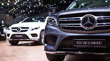 KBA prüft neue Abgas-Software: Daimler ruft 690.000 Diesel-Autos zurück