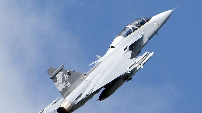 Bei dem Flugzeug handelte es sich um den Typ Jas Gripen des schwedischen Rüstungskonzerns Saab.