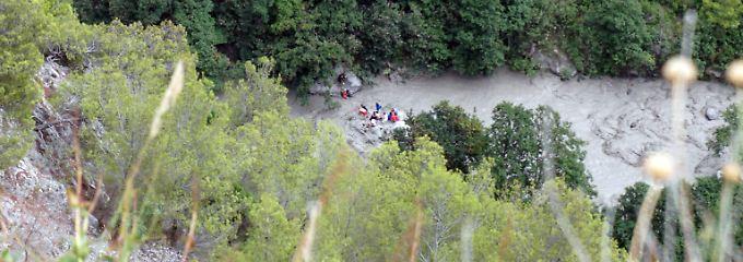 Tödliche Sturzflut in Italien: Retter suchen in Schlucht nach Vermissten