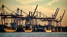 Senat bekommt Baurecht: Hamburg darf mit Elbvertiefung beginnen
