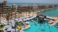 Reaktion auf Tod von Ehepaar: Urlauber müssen Hotel in Ägypten verlassen