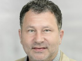 Prof. Dr. Norbert Rohleder istProfessor für Human Resource Management und Soziale Interaktion an der Hochschule Mainz.