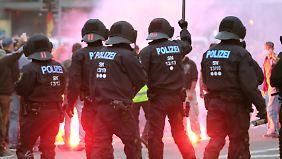 Rechte Gewalttaten in Sachsen: SPD fordert Landesregierung auf, Farbe zu bekennen