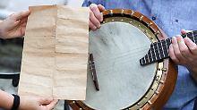 Melancholie und Abschied: Altes Banjo birgt Geheimnis
