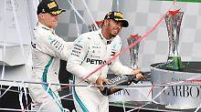 Sieger von Monza: Lewis Hamilton, hier mit seinem Kollegen Valtteri Bottas.