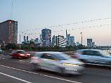 Für ältere Diesel und Benziner: Frankfurt muss Fahrverbote einführen