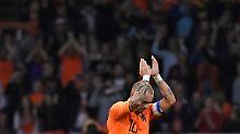 Depay rettet Sneijder-Abschied: Oranje entgeht Blamage, Wales zerlegt Irland