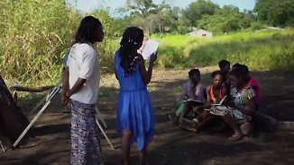 Kampf gegen Kinderehe in Mosambik: Schulbesuch soll Mädchen vor Zwangsheirat retten