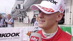 """Schumacher setzt Siegesserie fort: """"Bedingungen waren nicht optimal"""""""