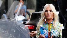 Umsatz soll steigen: Michael Kors übernimmt Versace