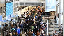 Luftfahrtgipfel in Hamburg: Verbesserungen im Flugverkehr gesucht