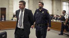 Todesschüsse auf Jugendlichen: US-Polizist wird schuldig gesprochen