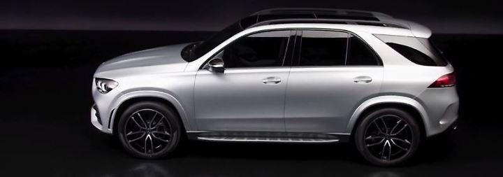Silberpfeil-Hommage und Weltpremiere: Mercedes tobt sich auf Pariser Autosalon aus