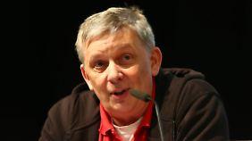 """Jochen Grotepaß engagiert sich bei der Interessenvereinigung """"Unsere Kurve""""."""