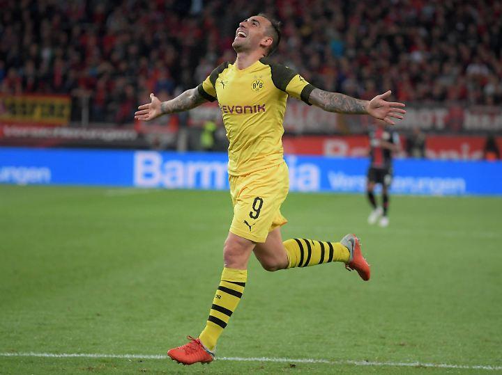 Fühlt sich offenbar wohl beim BVB: Der neue Dortmunder Torjäger Paco Alcacer.