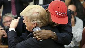 Haben sich gesucht und gefunden: Donald Trump und Kanye West.