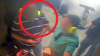 Kaum zu glauben, aber wahr: Selfie mit geladener Waffe geht beinahe ins Auge