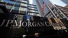Die größte US-Bank JPMorgan Chase hat ihren Gewinn im dritten Quartal im Vergleich zum Vorjahr um fast ein Viertel gesteigert.
