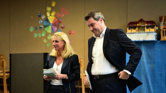 Familie Söder bei der Stimmabgabe.