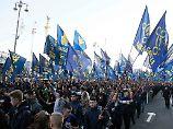 Zehntausende Nationalisten demonstrierten in Kiew.