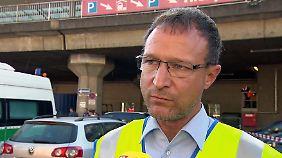 """Polizeisprecher am Kölner Hauptbahnhof: """"Geiselnehmer ist schwerstverletzt und wird reanimiert"""""""