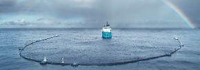 Ocean Cleanup ist angekommen: Anlage fischt Plastikmüll aus dem Pazifik