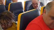 Empörung über Ryanair-Reaktion: Sitznachbarin wird von Flugpassagier rassistisch beschimpft