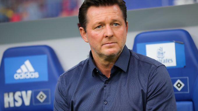 Offenbar trauen die Klubverantwortlichen beim HSV Titz nicht zu, den Klub zurück in die Bundesliga zu führen.