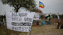 Aktion gegen Besetzer: Polizei räumt Häuser auf RWE-Gelände