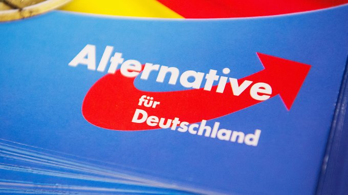 """Das Gutachten empfiehlt der AfD, """"extremistische Reizwörter"""" einfach wegzulassen."""