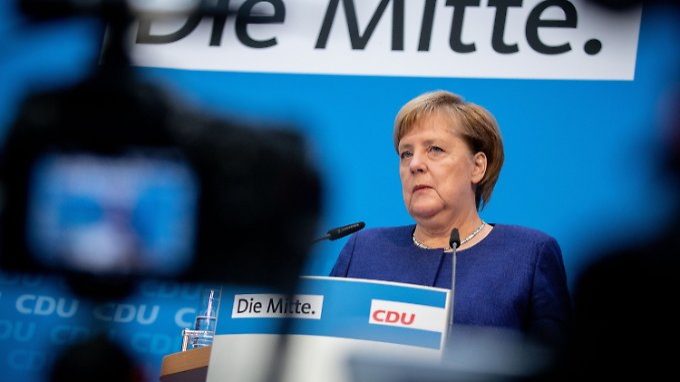 """Merkel sagte, die zweitägige Vorstandsklausur sei """"sehr anregend und interessant"""" gewesen."""