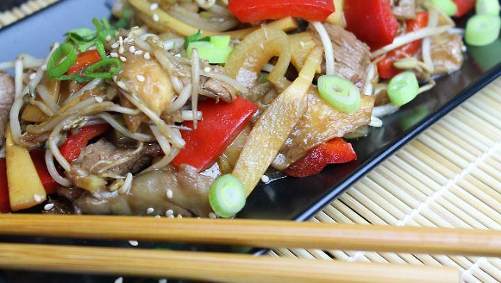 Flap Meat eignet sich gut für die Zubereitung im Wok.