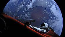 """Tesla kreist durchs Sonnensystem: Elon Musks """"Starman"""" erreicht Mars"""