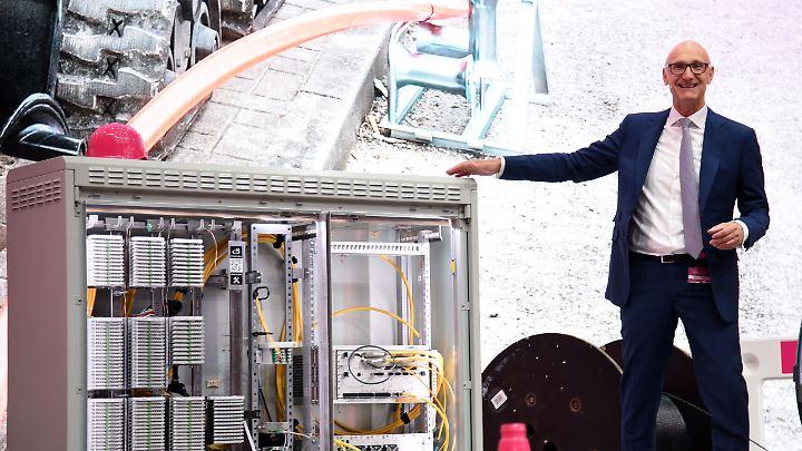 Konzern-Chef Tim Höttges: Die Telekom spielt eine gewichtige Rolle bei der Digitalisierung Deutschlands.