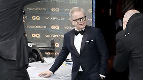 Herbert Grönemeyer, Legend, sieht von weitem fast aus wie Colin Firth.