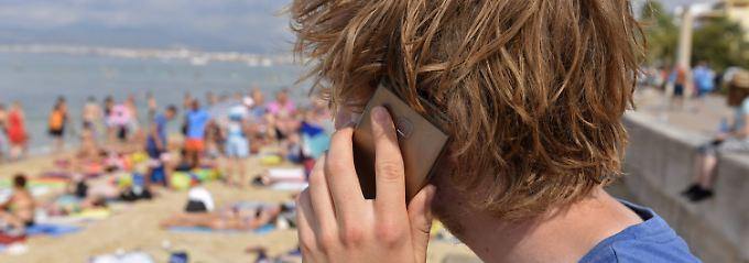 Straßburg deckelt Preise: Telefonieren ins EU-Ausland wird billiger