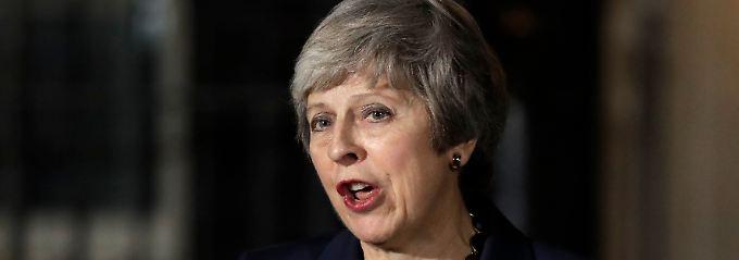 Durchbruch für May: Britisches Kabinett stimmt Brexit-Entwurf zu
