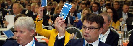 """""""Gelbe Karte für Regierung"""": Sachsen-Anhalts CDU stimmt gegen UN-Pakt"""