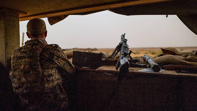 Vier Kilometer vom Lager der Bundeswehr entfernt kam es vergangene Woche zu einem Selbstmordanschlag.